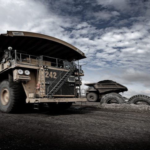 Haul Trucks Oil Sands - Industrial - Harderlee