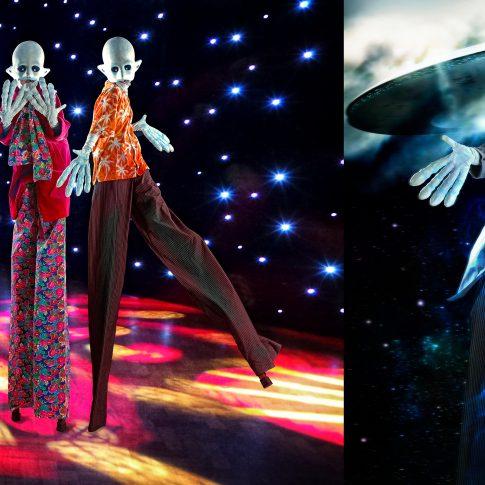 aliens disco dancing - performing arts - harderlee