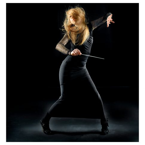 female conductor - performing arts - harderlee