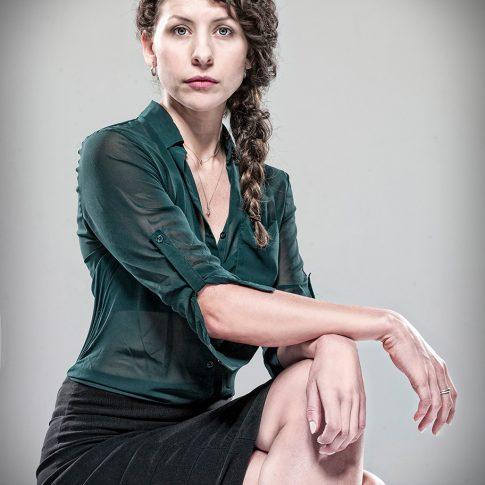 Alana Hawley Actor - portrait - harderlee
