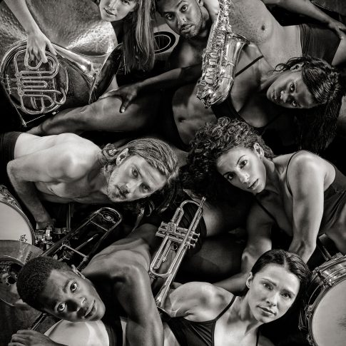dancers with instruments - performing arts - harderlee