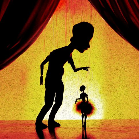Marionettes - puppets - performing arts - harderlee
