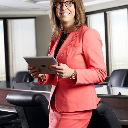 female executive - portrait - harderlee