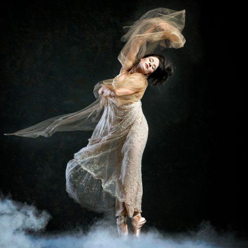 ballet dancer - performing arts - harderlee